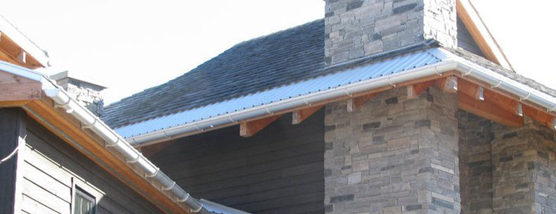 Eavestroughing in Wasaga Beach, Ontario